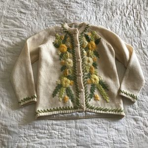 Sweaters - MOVING SALE Amazing Vintage Floral Cardigan